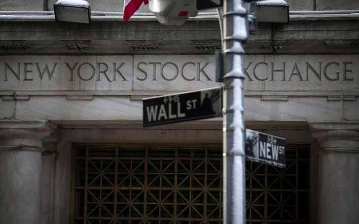 Wall Street cierra con pérdidas por 'derrumbe' en precios del petróleo