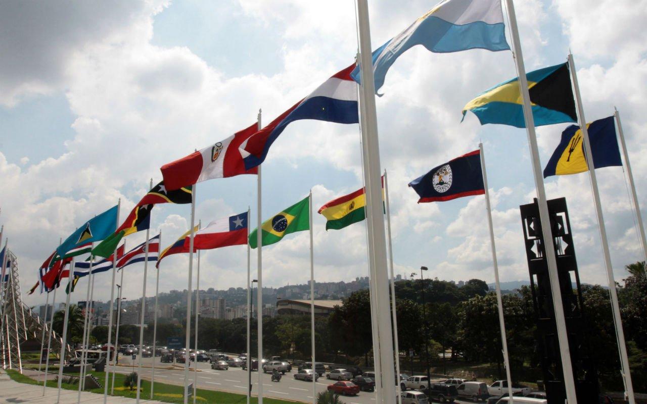 Cepal recorta previsión para economía de América Latina este año