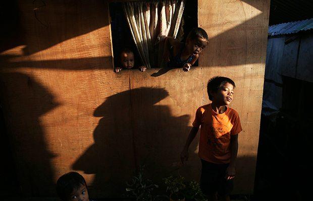 Educación a distancia, el difícil reto para escuelas públicas del país