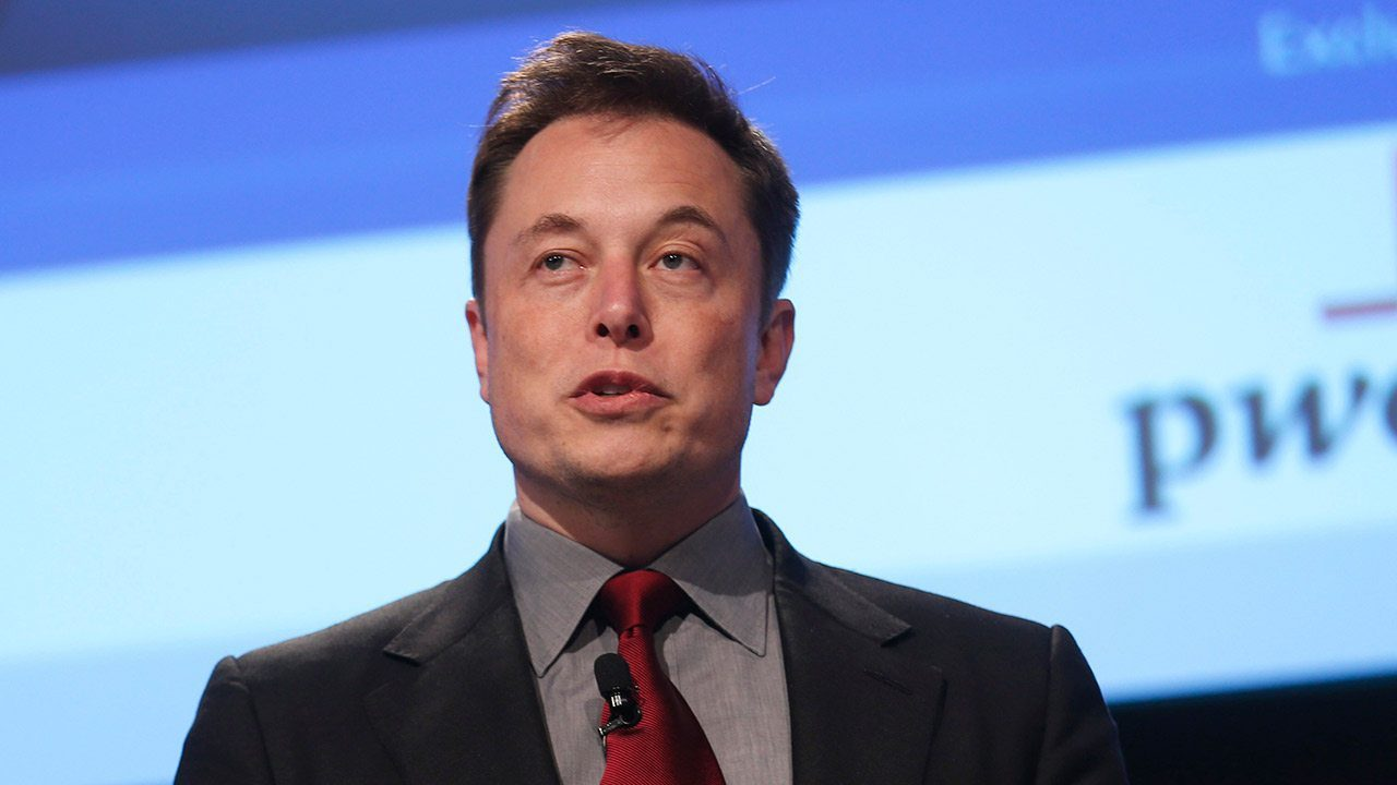 Musk pide regular la inteligencia artificial antes de que sea demasiado tarde