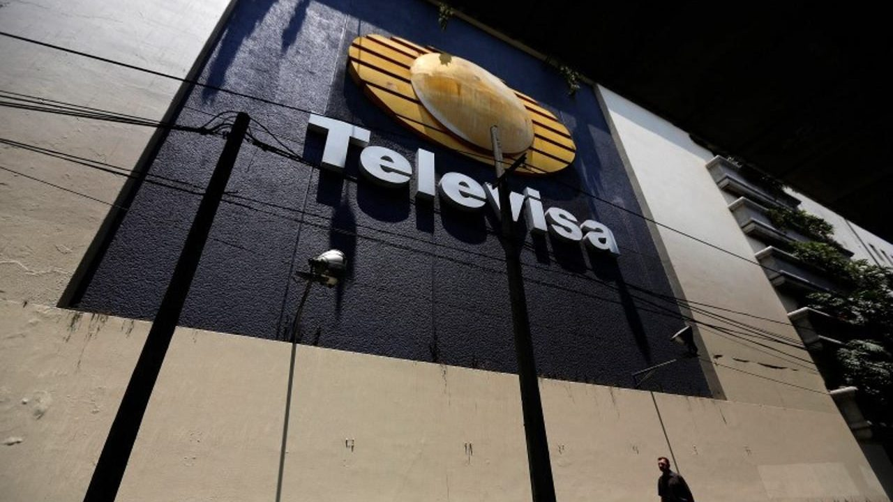 Televisa enfrenta el desafío de hacer telenovelas sin escenas de amor por Covid-19