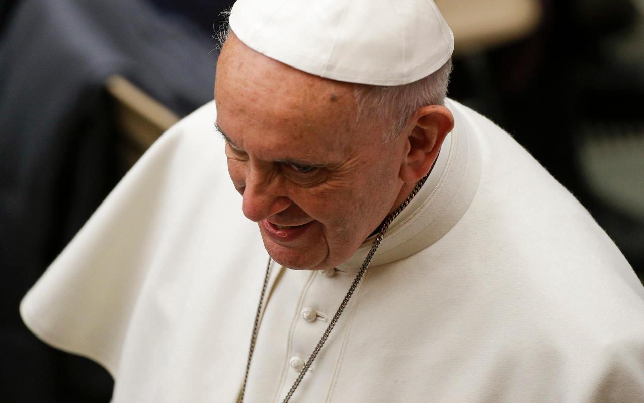 Sotheby's subastará Lamborghini firmado por el Papa Francisco