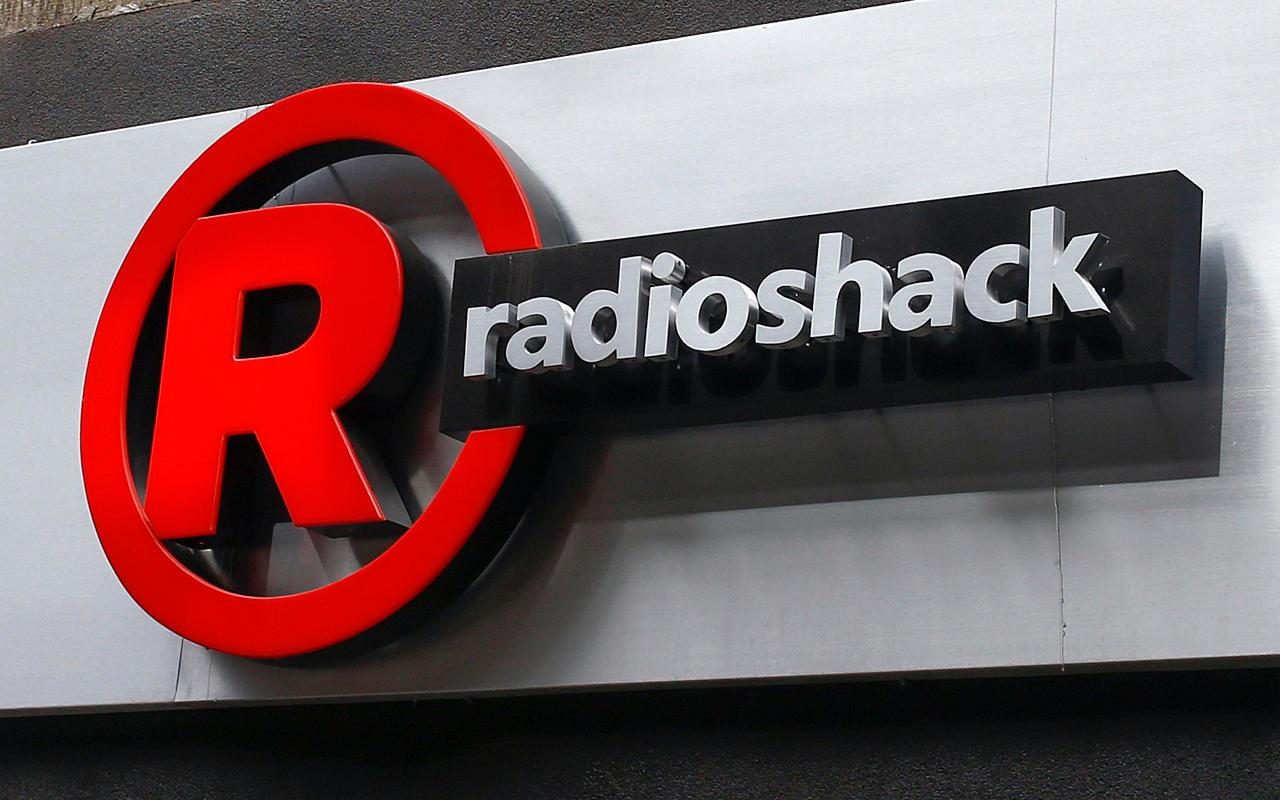 Radio Shack regresa a manos de Gigante por 32 mdd