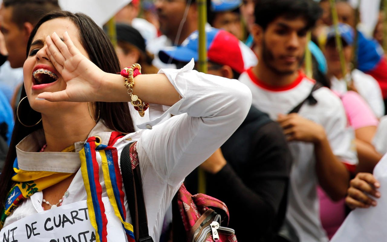 Argentina facilita trámites de residencia para inmigrantes venezolanos