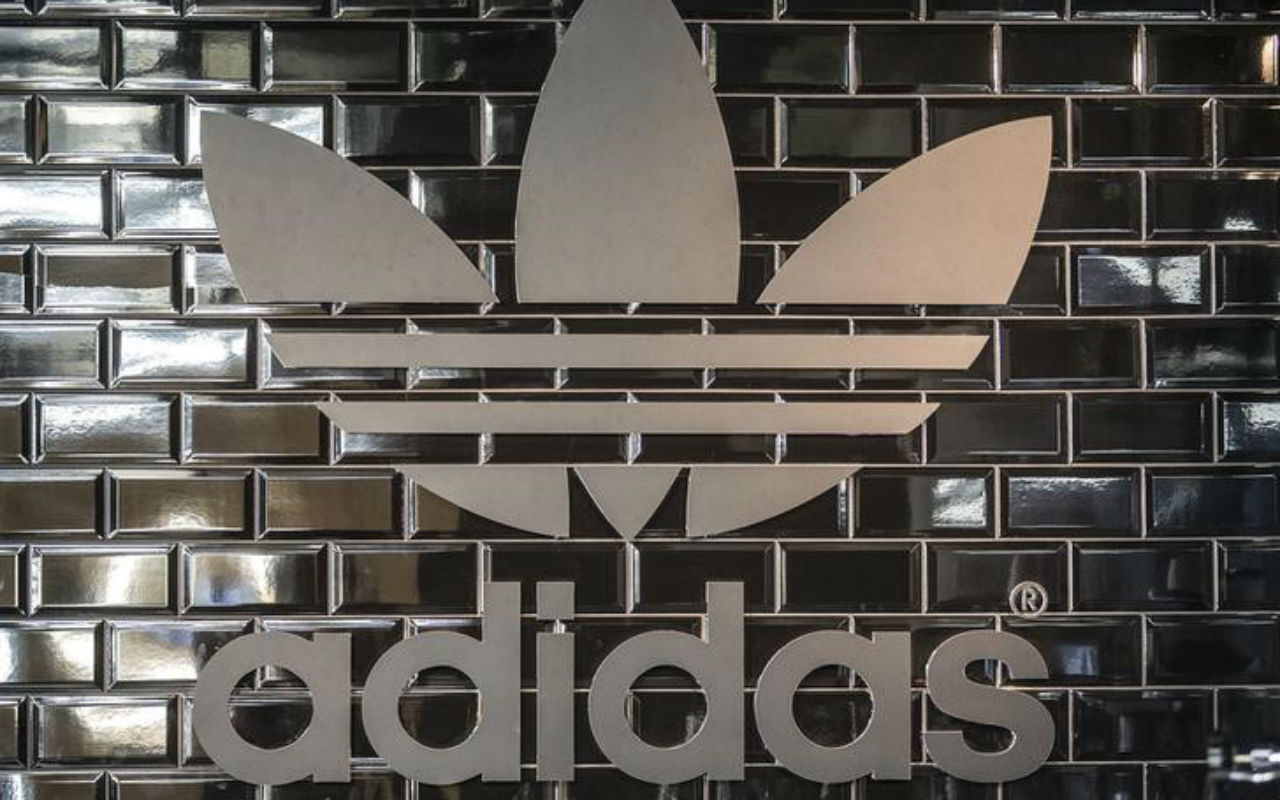 Adidas dispara ganancias en primer trimestre 2021