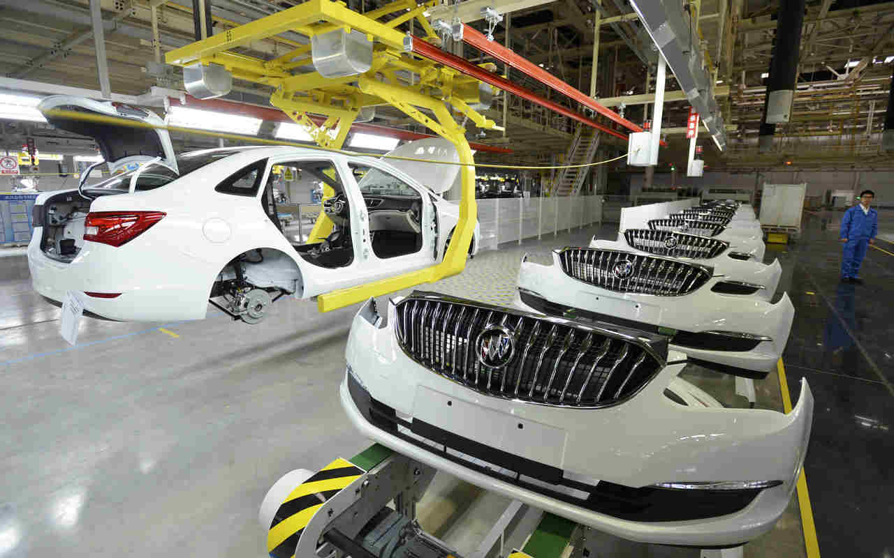 Producción de autos en México registra cifra récord para un febrero