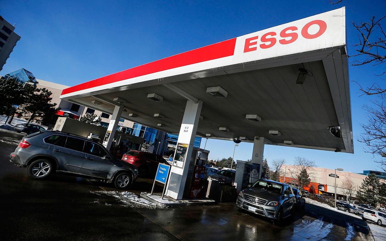 Huracán Harvey encarece la gasolina en Estados Unidos