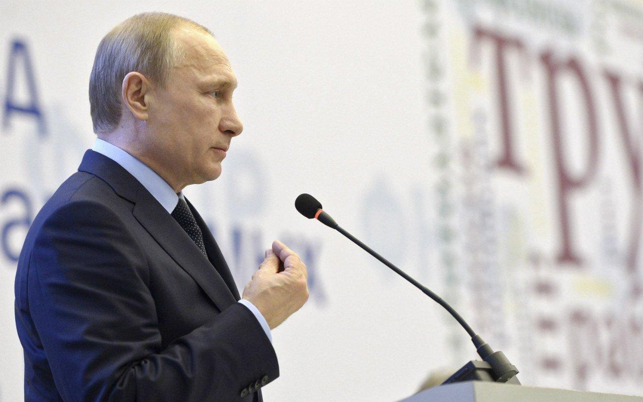 Putin descarta estrategia para mantenerse de por vida en el poder
