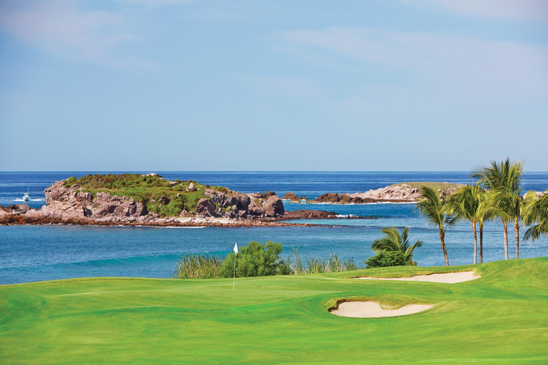Creaciones gourmet y torneos de golf invaden la Riviera Nayarit