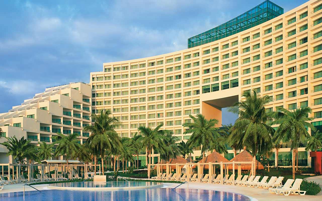 Grupo Posadas suspende actividades en sus hoteles por coronavirus