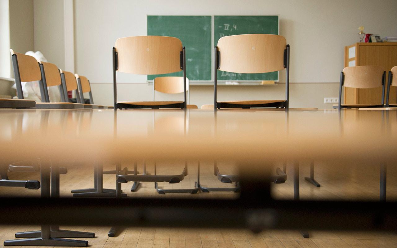 Candidatos enfrentan propuestas en educación por el Día del Maestro