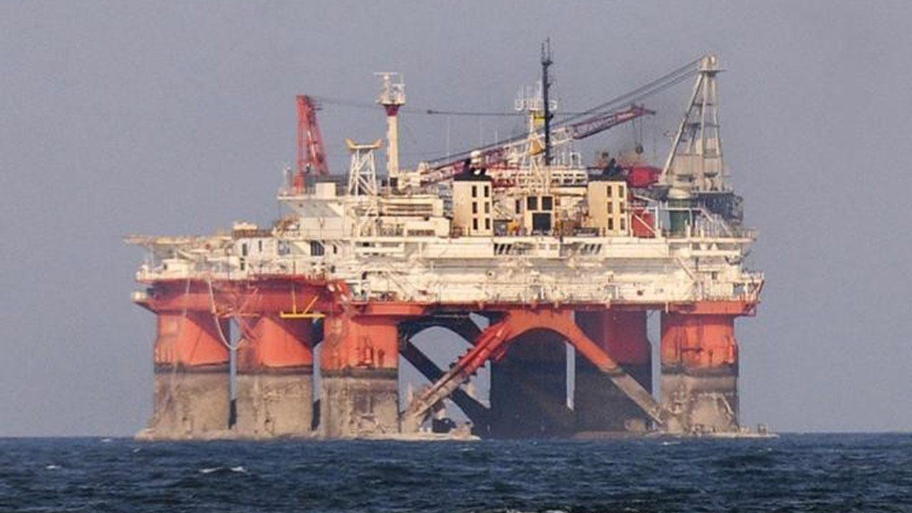 Cofece multa a Pemex con 368 millones de pesos