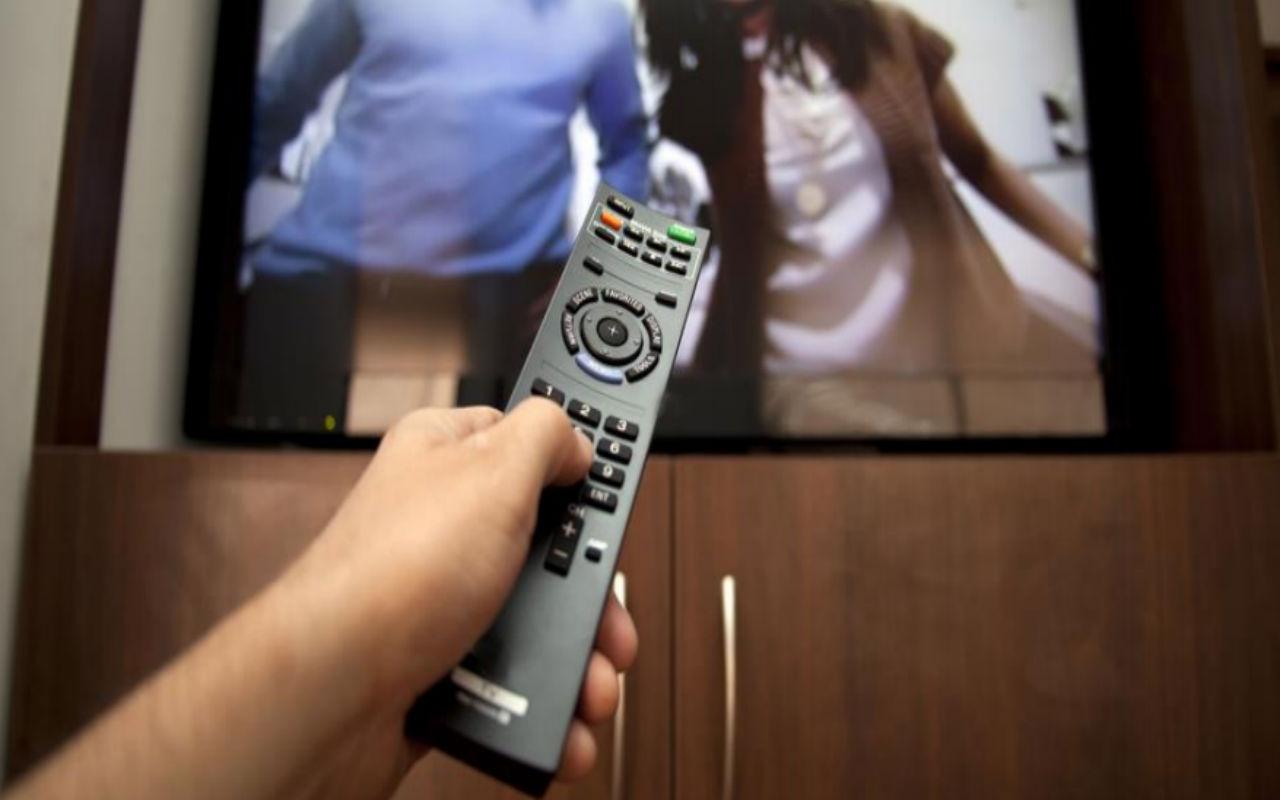 Cadena de TV, ¿un mal negocio para Radio Centro?