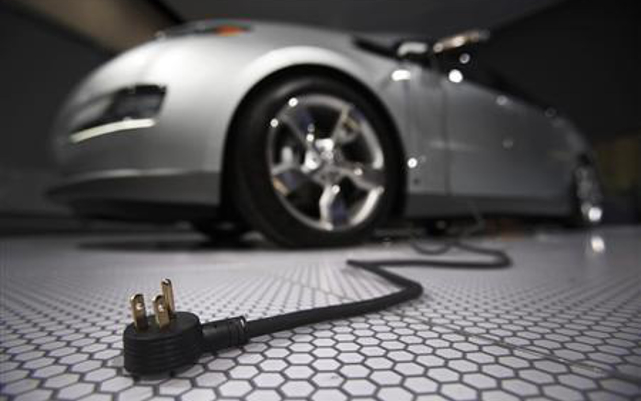 Daimler comenzará a fabricar autos eléctricos en 2019