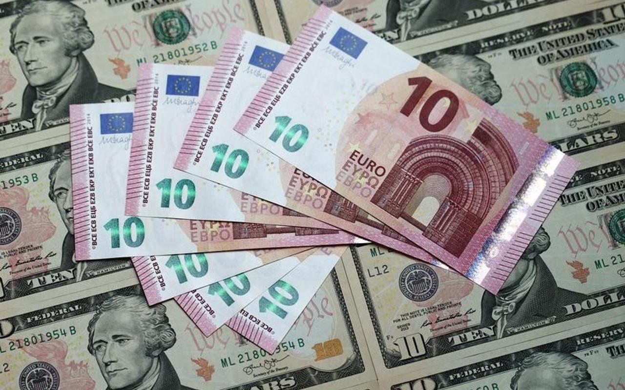 México emite bonos por 1,800 millones de euros y reduce 36% los pagos a 2023