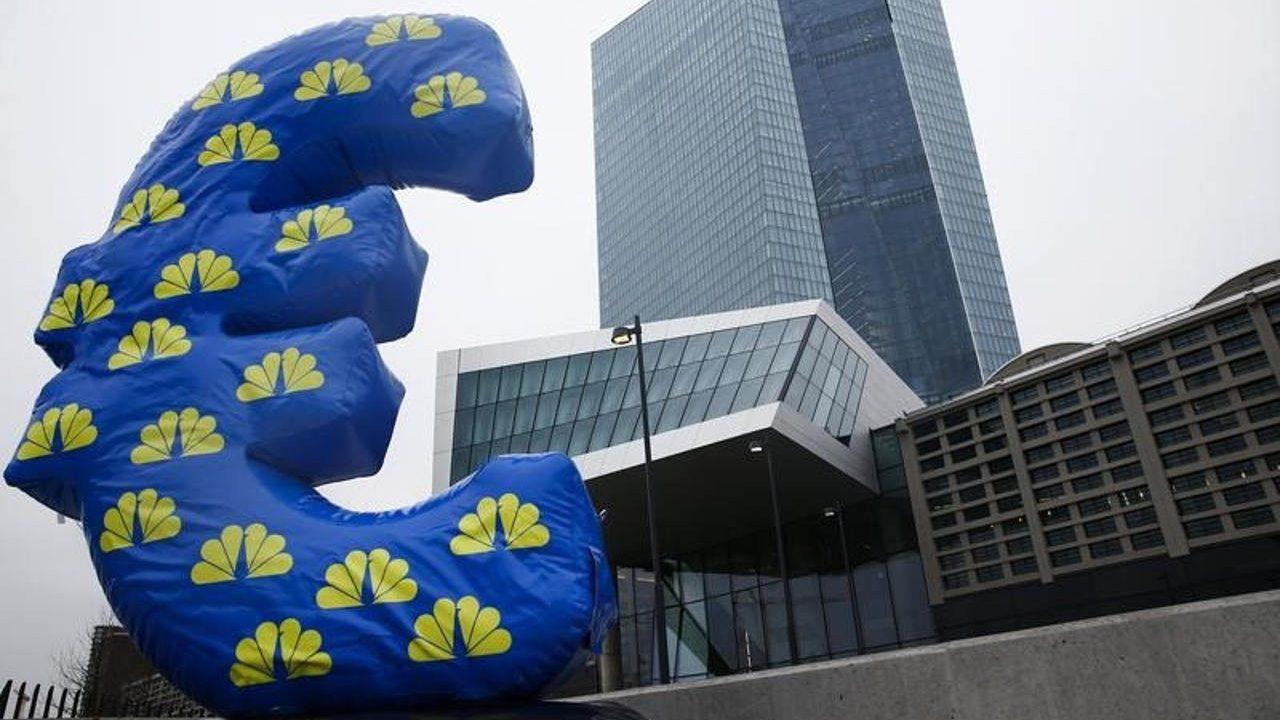 BCE ve riesgos para la zona Euro en 2019; busca abandonar tasas negativas