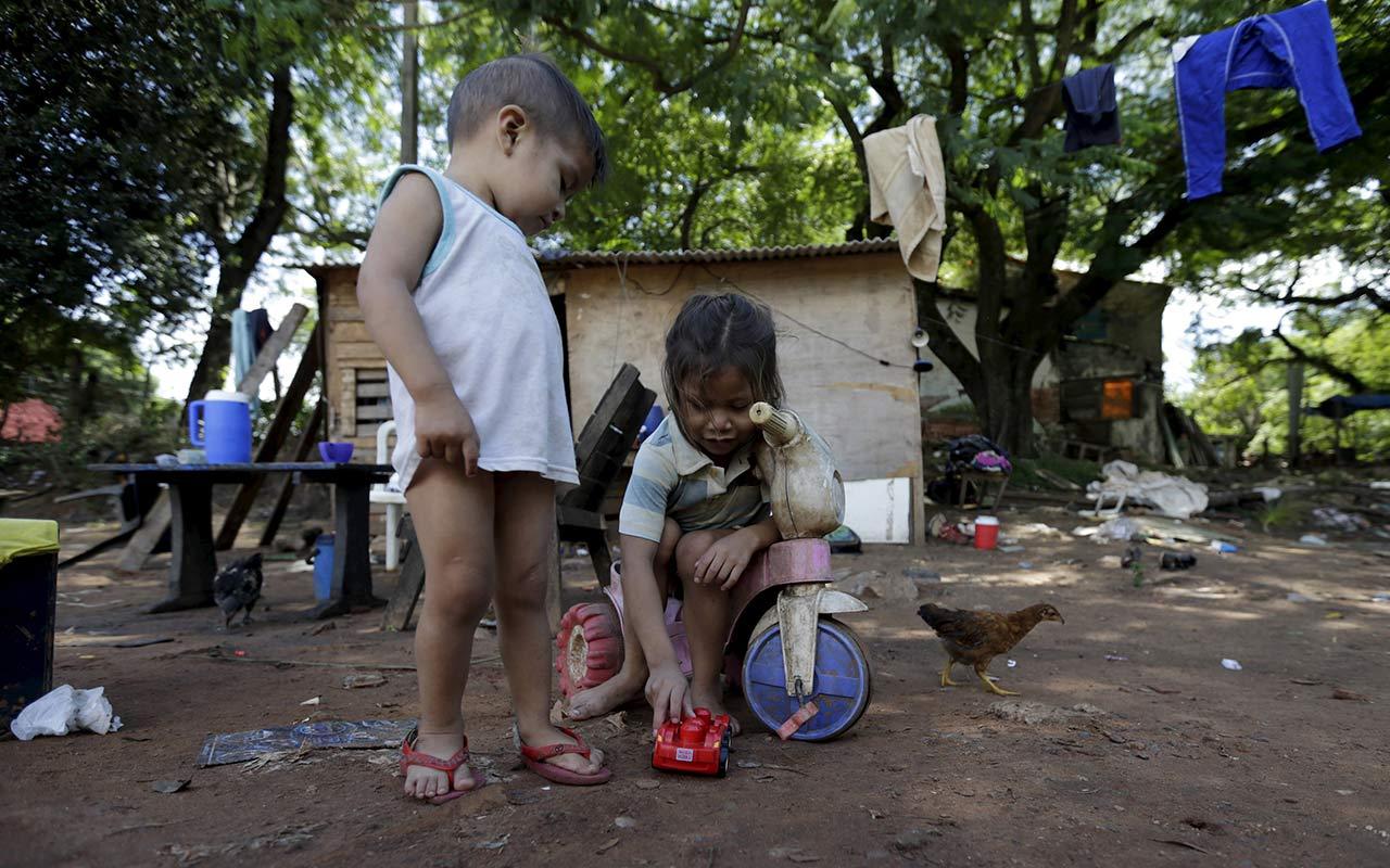 La mitad de los niños y adolescentes en México viven en pobreza: Unicef