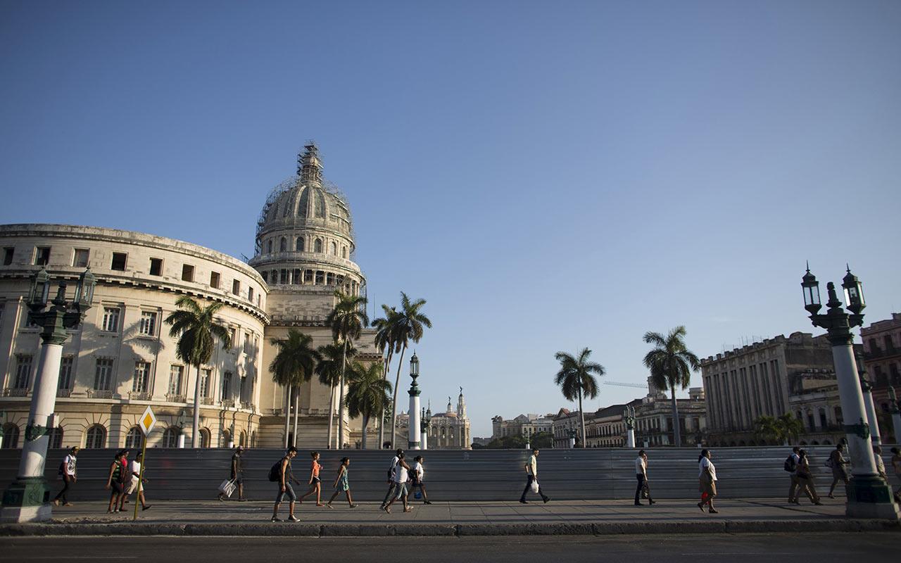 Cuba convoca a proceso electoral