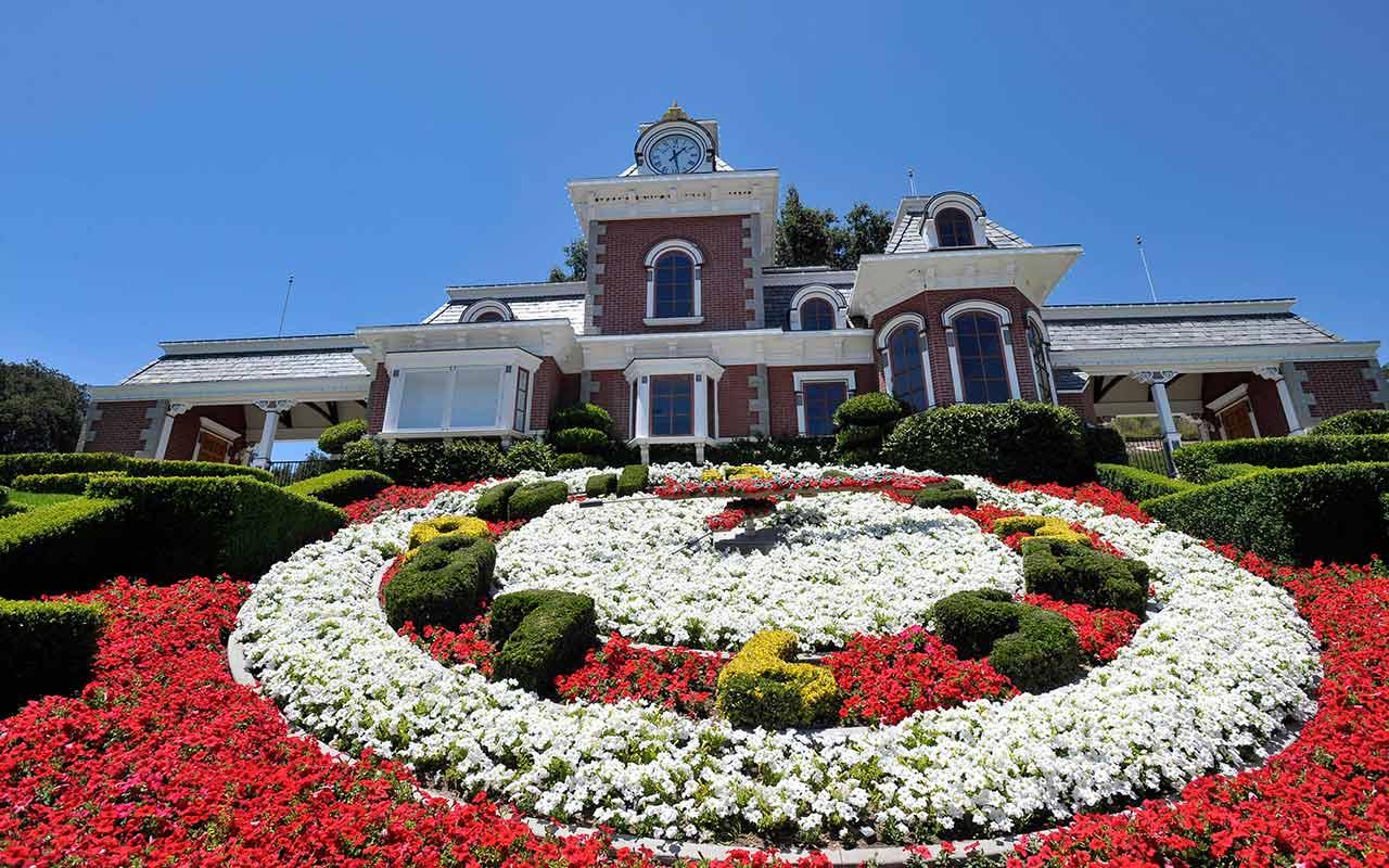 El rancho Neverland de Michael Jackson sale a la venta a una fracción del precio de 2015