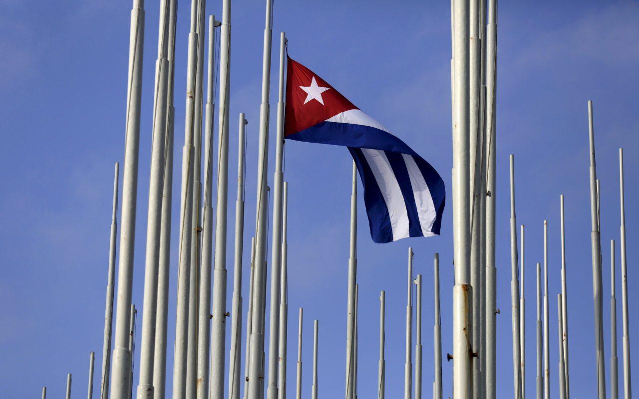 Condones, las últimas herramientas multipropósitos en Cuba