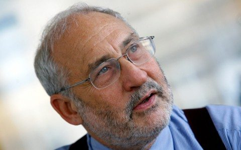 Política económica de Trump fracasará, advierte Stiglitz