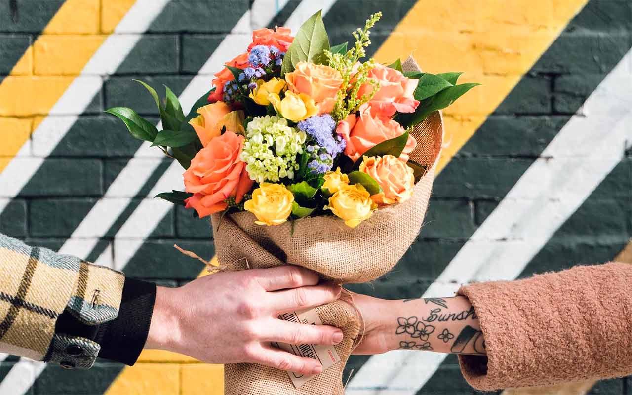 Más mexicanos comprarán flores por internet este 14 de febrero