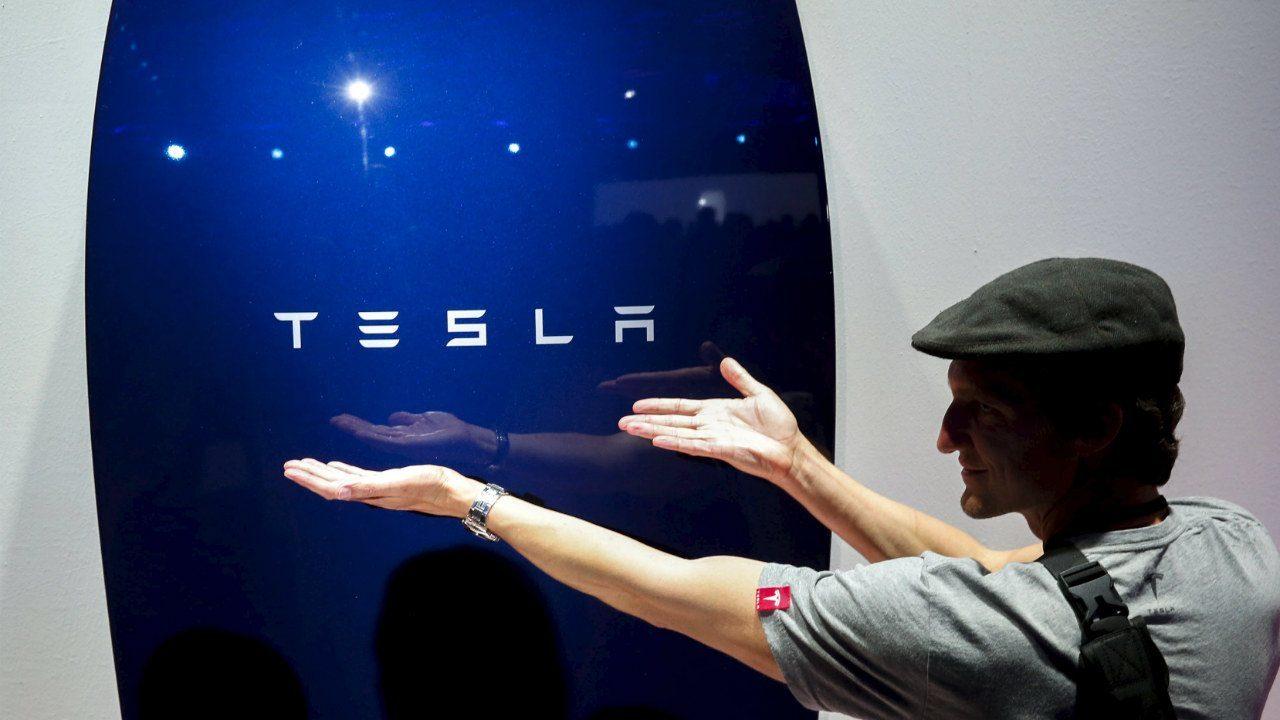 Tesla, de Elon Musk, alcanza un valor de 769,000 mdd y supera a Facebook
