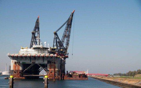 Balanza comercial aumenta su déficit a 1,913 mdd en agosto