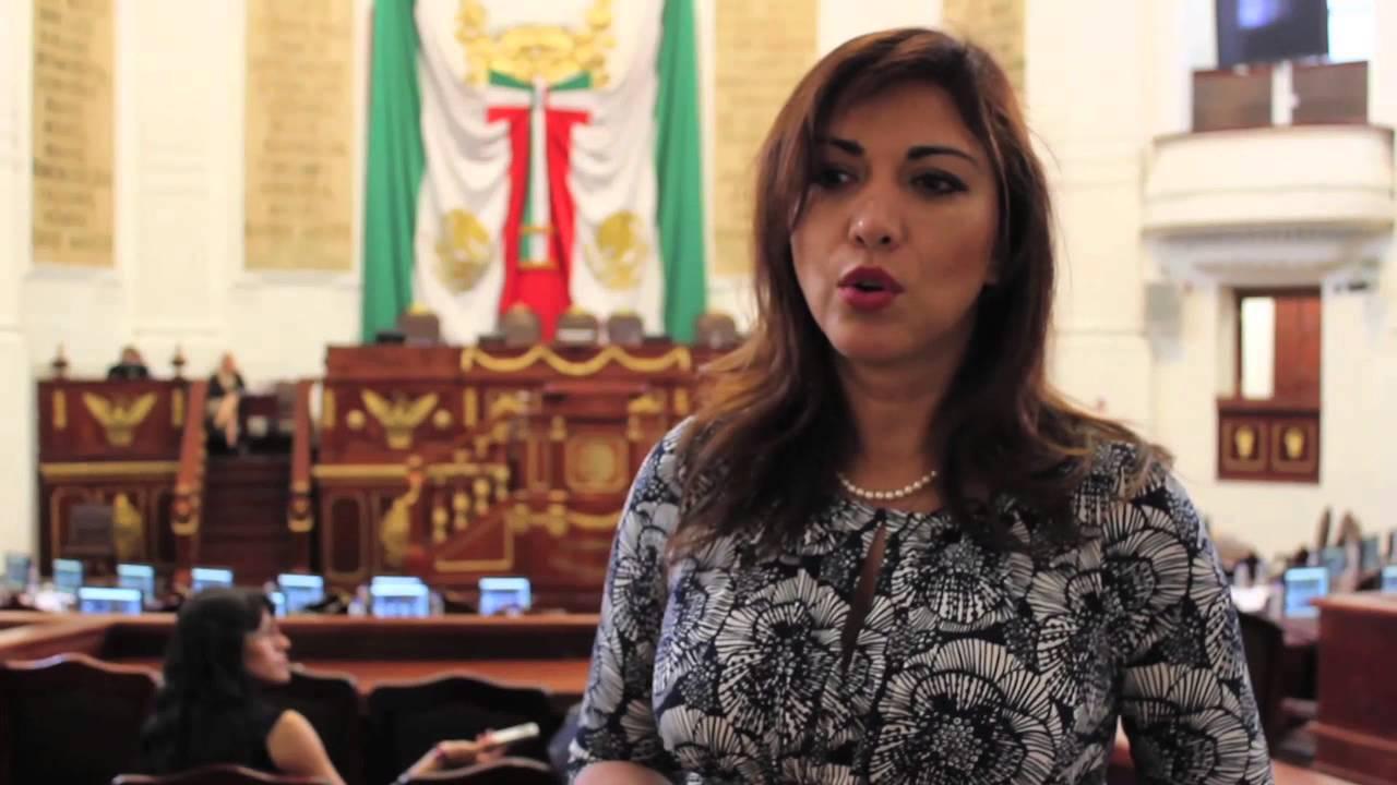 Diputada Miriam Saldaña gana Premio Internacional Maya