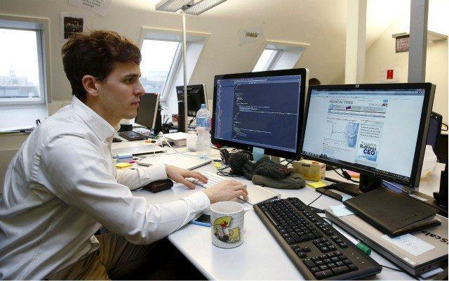 Sector servicios  (Foto: Reuters)