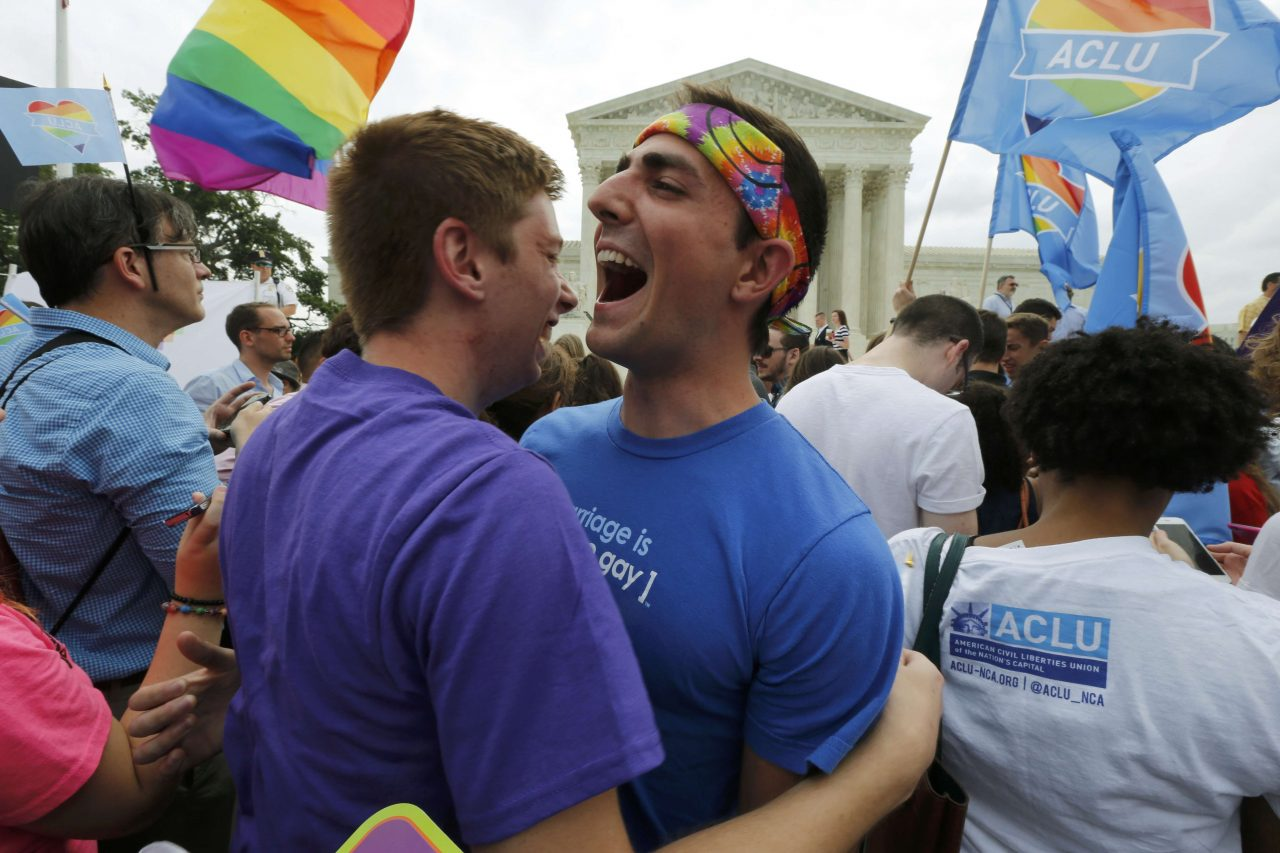 Corte Interamericana pide a AL reconocer matrimonios igualitarios