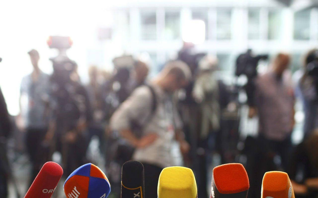 El olfato periodístico huele la noticia