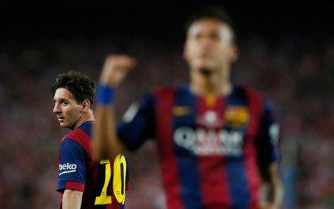 Condenan a 21 meses de prisión a Messi y su padre por fraude fiscal