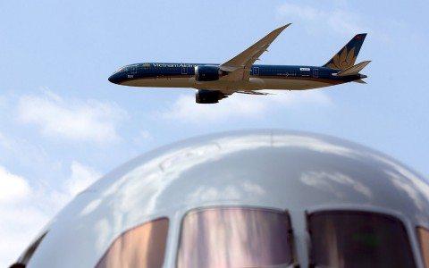 """Por """"alto costo"""", Trump cancela a Boeing construcción del Air Force One"""
