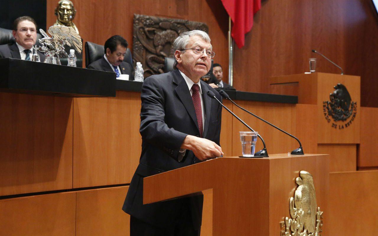 Fallece el político Manuel Camacho Solís