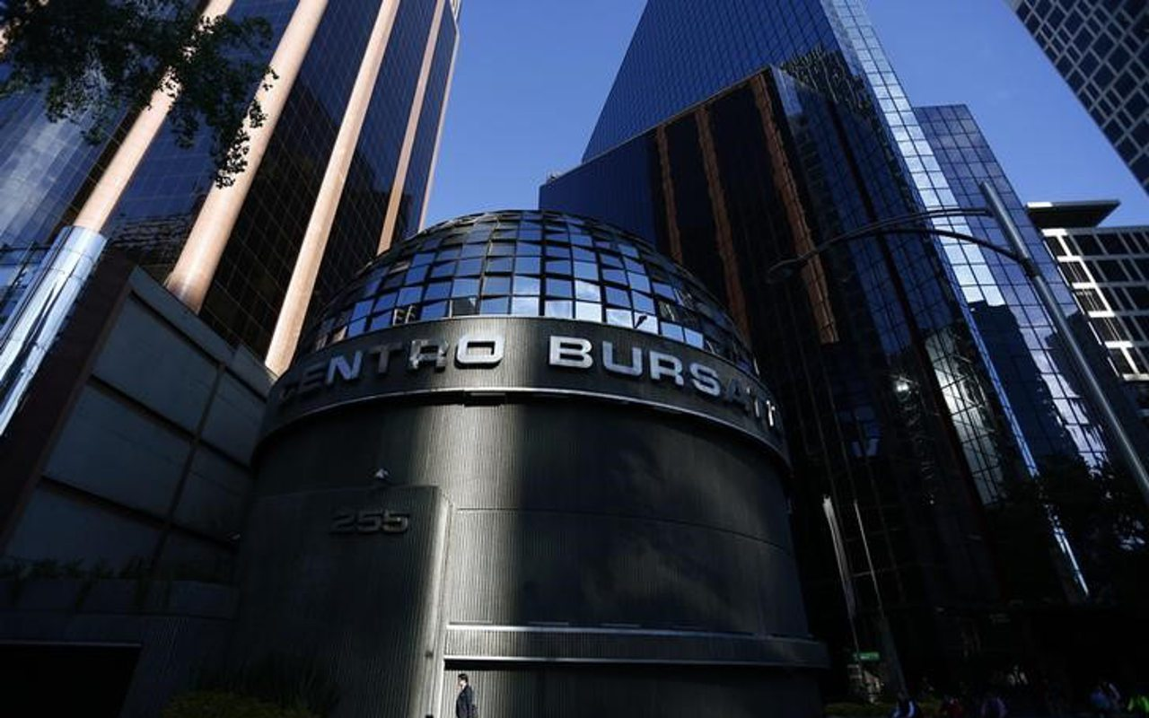 Tras datos de empleo en EUA, Bolsa Mexicana cierra con alza