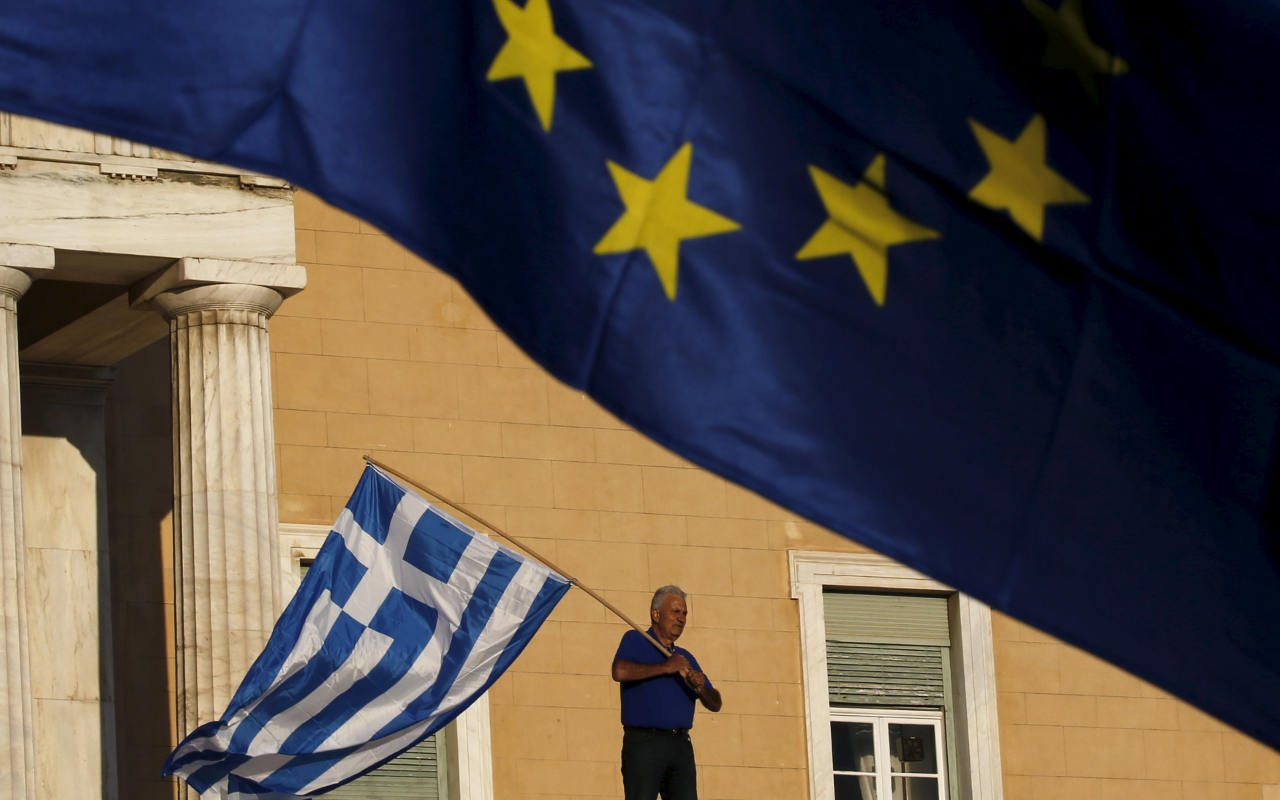Grecia quiere poner fin a una década de rescates económicos