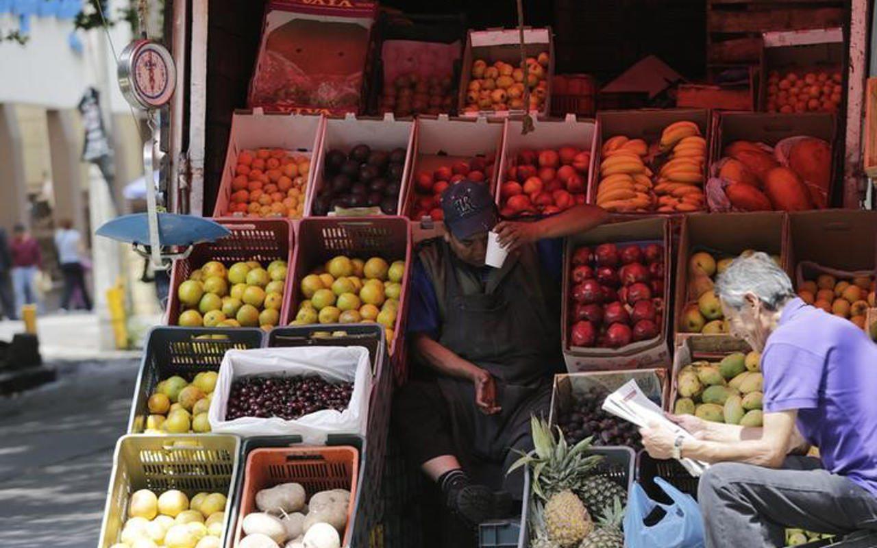 Pequeños comercios perderían hasta 15,000 mdp por 'Hoy no Circula'