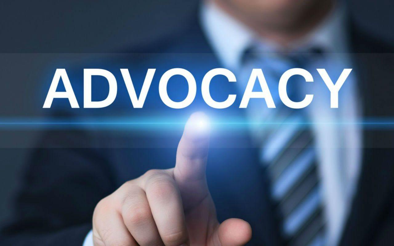 ¿Por qué los abogados deben generar (y controlar) su alter ego virtual?