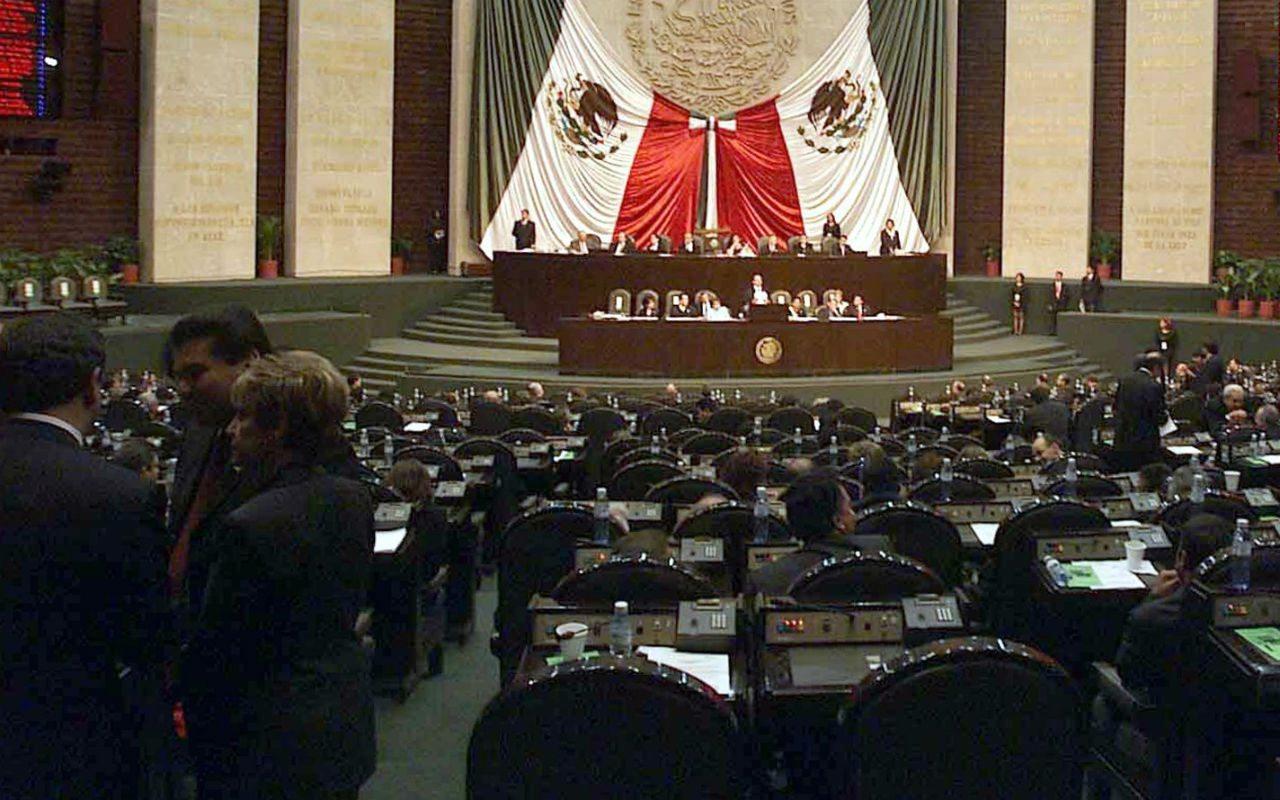Diputados mexicanos: con los sueldos más indignantes en países OCDE