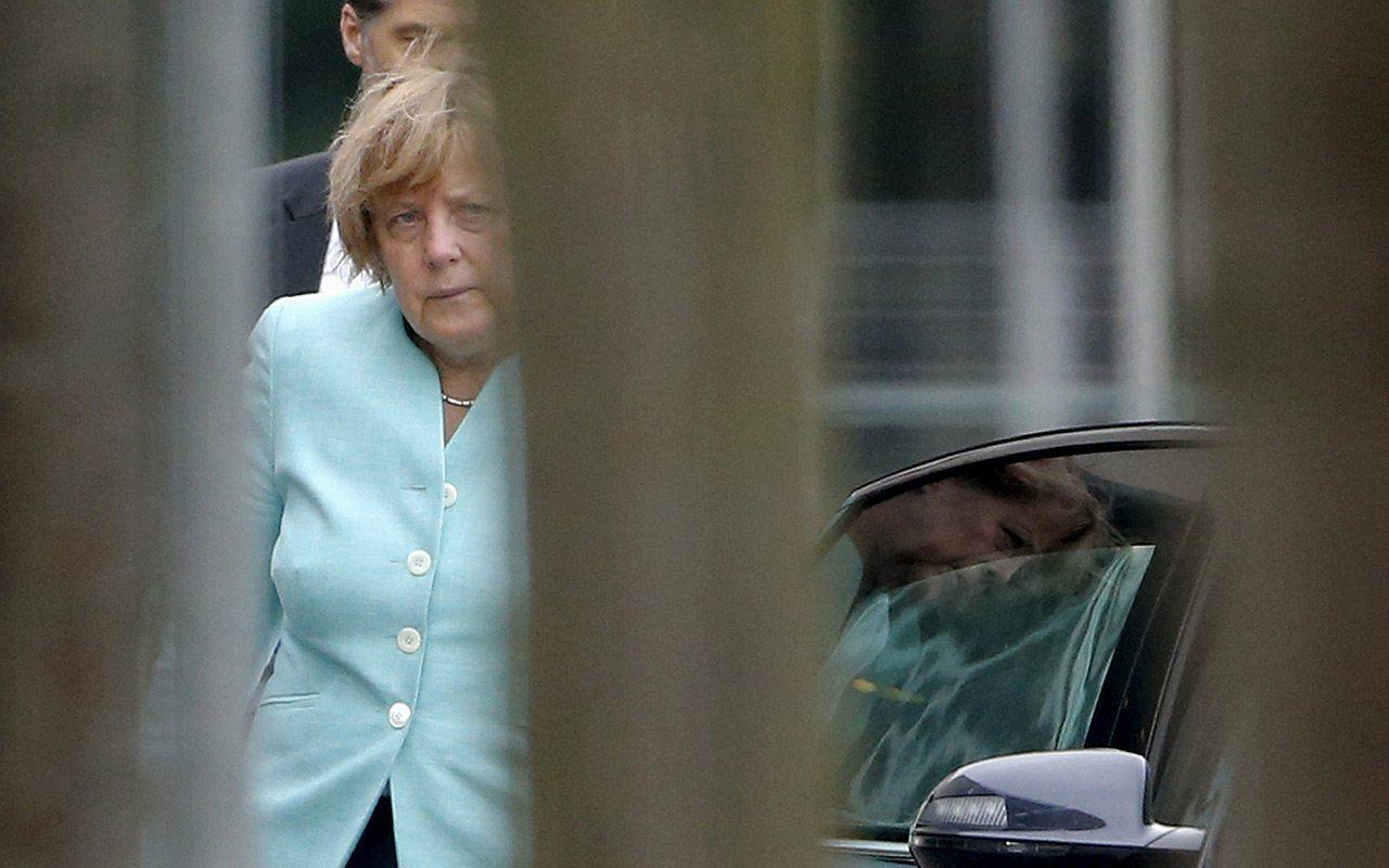 A 30 años de la caída del Muro, Merkel llama a defender la libertad