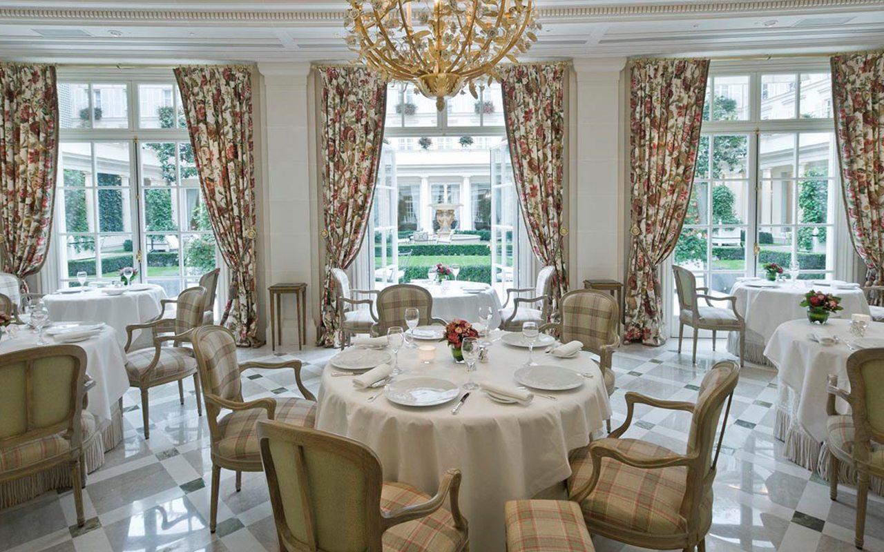 Un menú Forbes en el Hotel Bristol Paris
