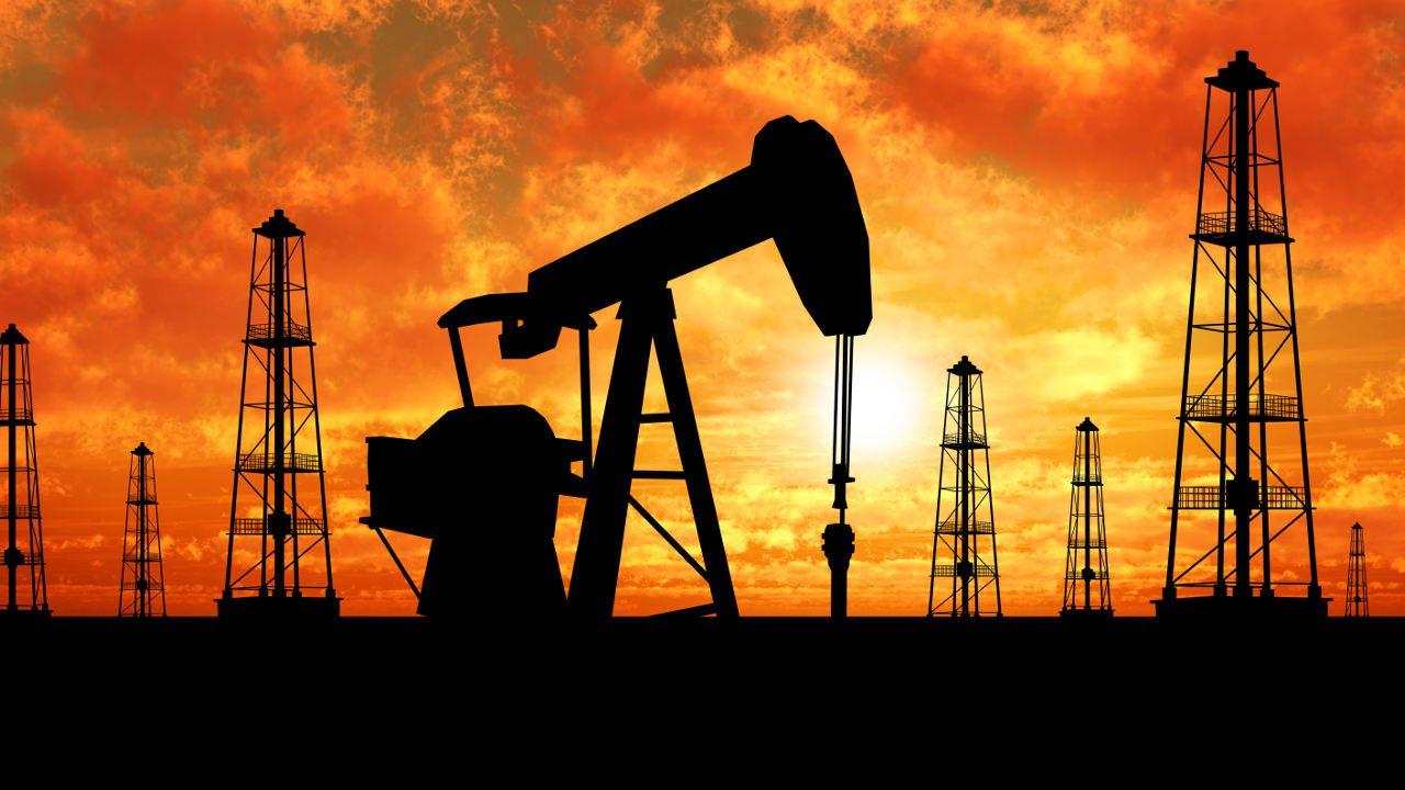Precios del petróleo suben tras aumento de inventarios de EU