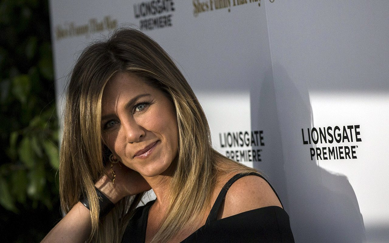 Apple trabaja serie de TV protagonizada por Witherspoon y Aniston