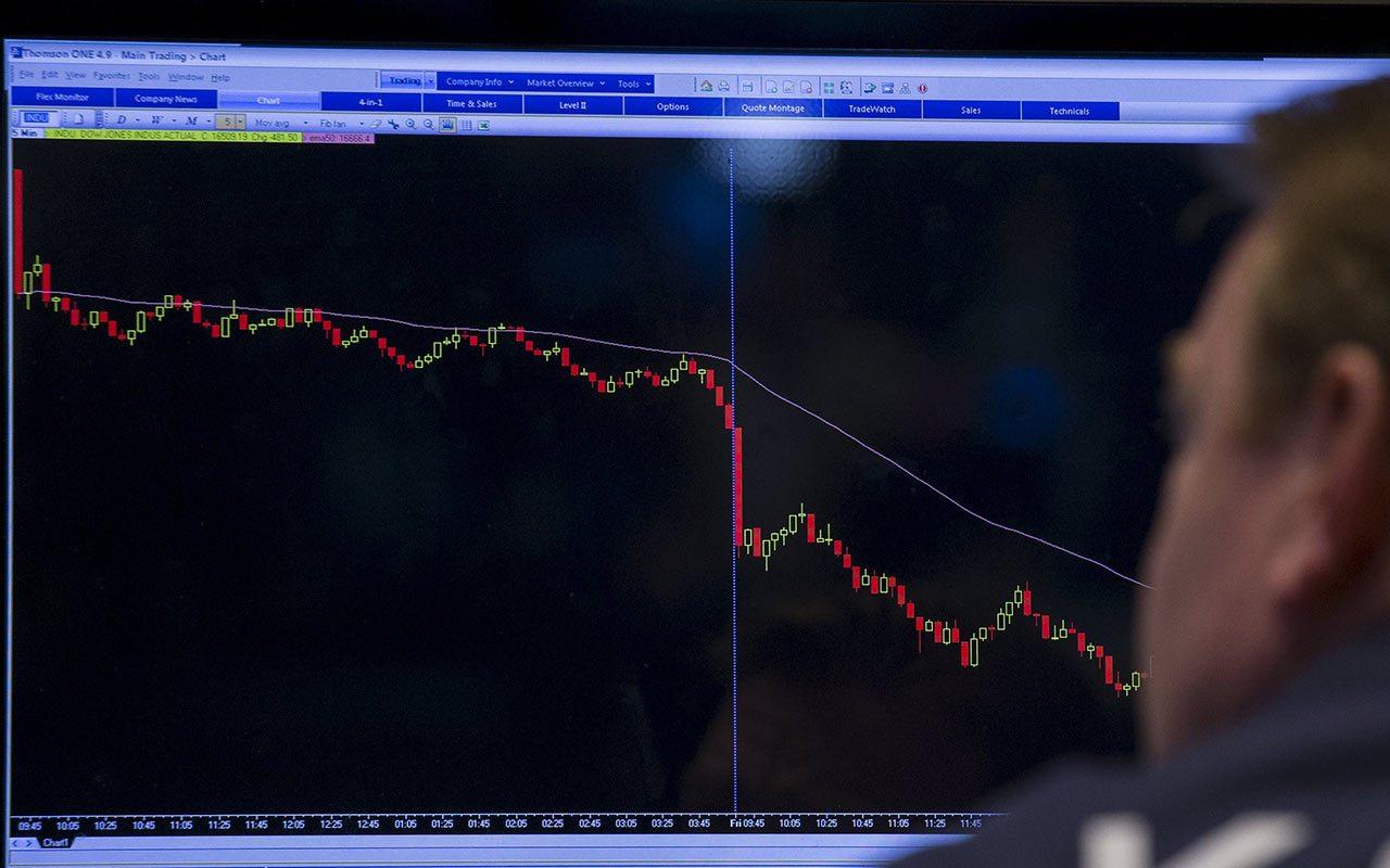 Otro viernes negro en los mercados