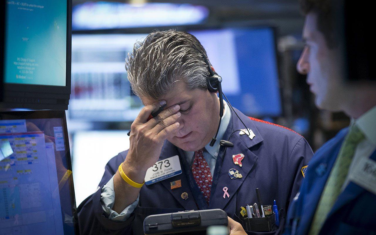 Wall Street profundiza caída; S&P ha perdido 1.1 bdd por guerra comercial EU-China