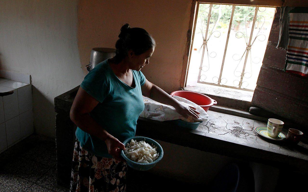 El Trabajo no Remunerado en México representa 24.2% del PIB