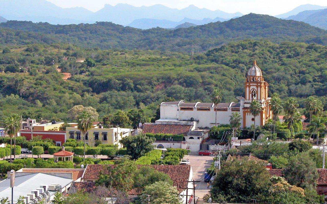 Vecinos de Mazatlán: Pueblos mágicos y señoriales