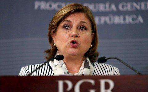 Peña Nieto reubica a Arely Gómez en la Función Pública