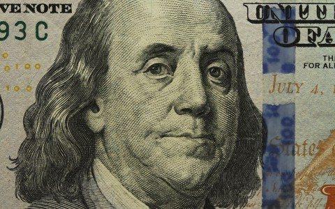 Banxico puede mandar al dólar a 22 pesos: Barclays